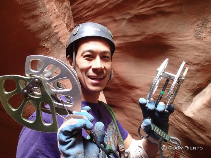 Mike shows off his #6 cams before putting them to use at the crux.
